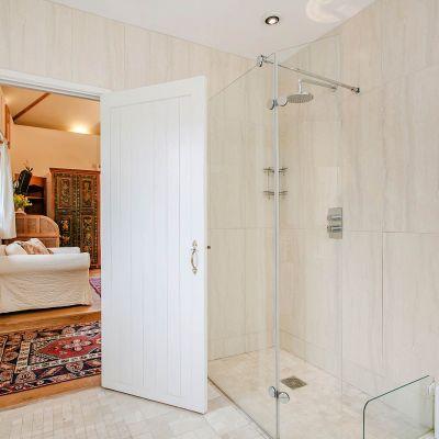Upper Mill House Shower