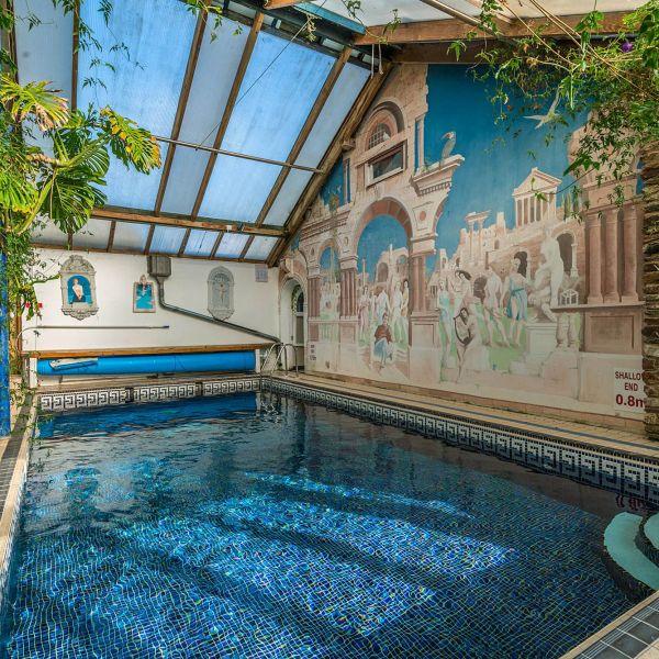 The 8m x 4m Swimming Pool