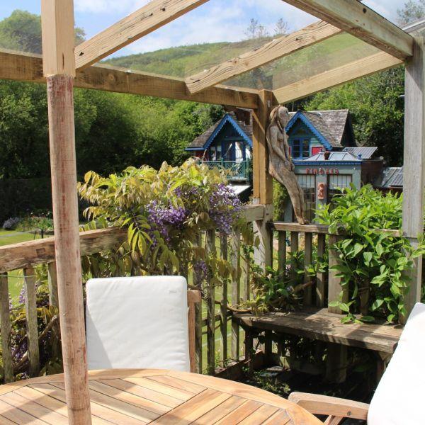 wisteria balcony 2.jpg