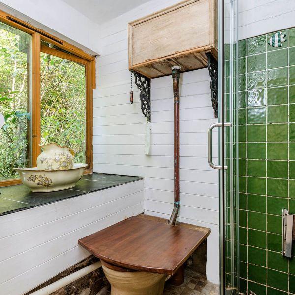 The Folly shower/loo room